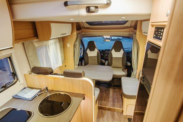 alquiler de caravanas T68 camas unidas