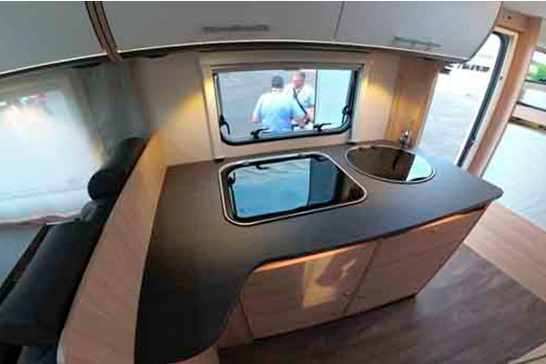 A72G - Alquiler caravanas imagen cocina general